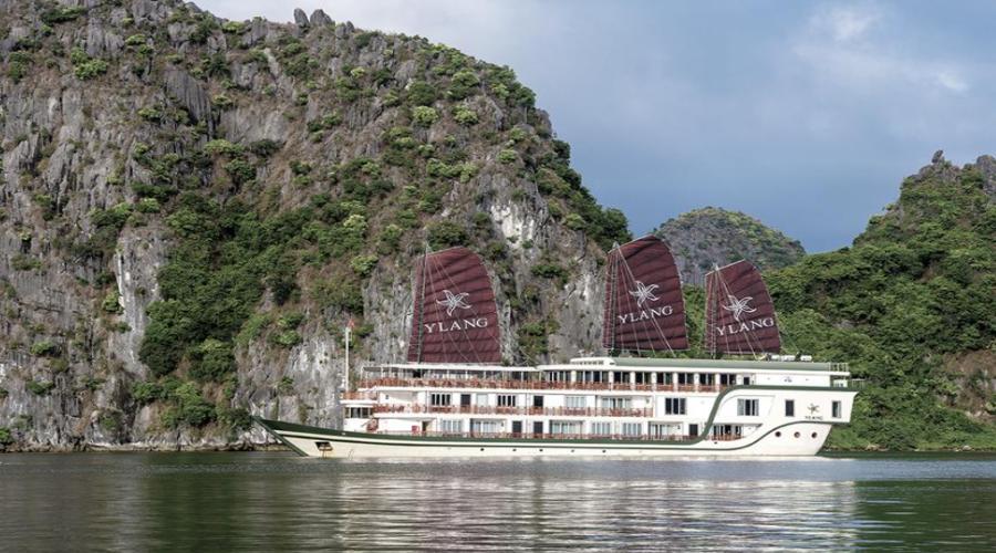 du-thuyen-heritage-line-ylang-cruise-1