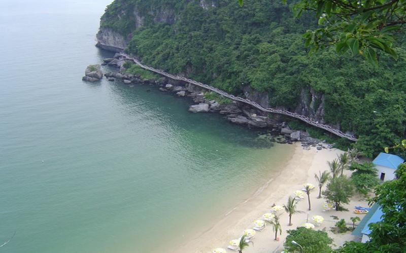 Cat-ba-beach