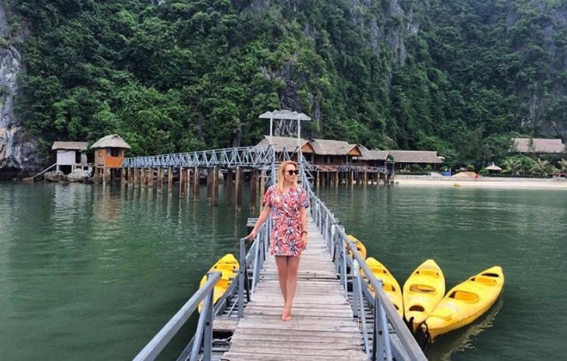 nam-cat-island-resort-a-beautiful-floating-2
